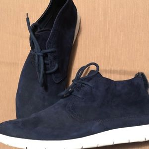Men's UGG Suede Ankle Boots Chukka SZ 10 Navy Blue